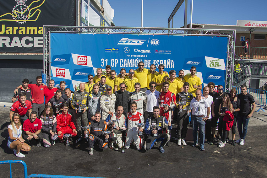 Foto Espectactulares carreras de la Challenge SMC Junior